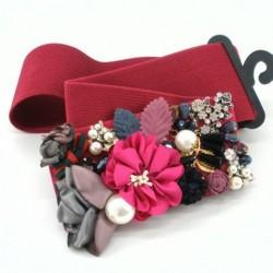 Cinturón flor y perlas